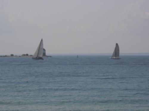 RaceBoats